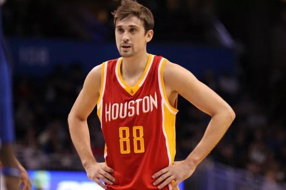 У 31-летнего баскетболиста скоро заканчивается соглашение.
