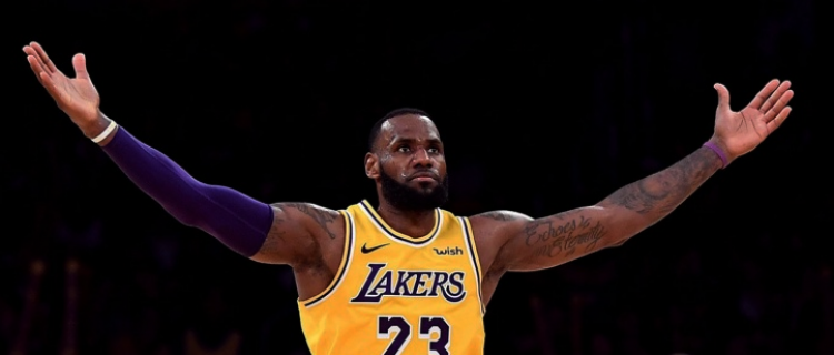 Леброн Джеймс установил антирекорд в НБА