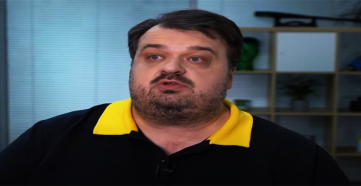 """Василий Уткин: """"Можно отдать Газизову неустойку Уруновым!?"""""""