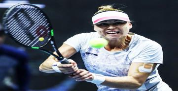 Вера Звонарёва стартовала с победы на турнире в Риме
