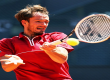Даниил Медведев одержал первую победу на «Ролан Гаррос»