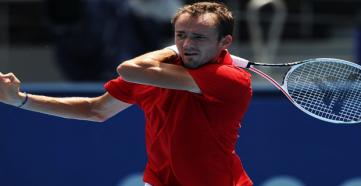 Даниил Медведев вышел в четвертьфинал Олимпийских игр