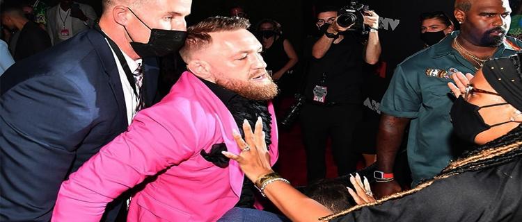 Конор Макгрегор устроил драку на MTV Video Music Awards